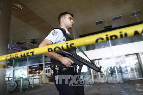 มีผู้เสียชีวิตเพิ่มขึ้นเป็น 43 คนจากเหตุโจมตีสนามบินอตาเติร์กในตุรกี