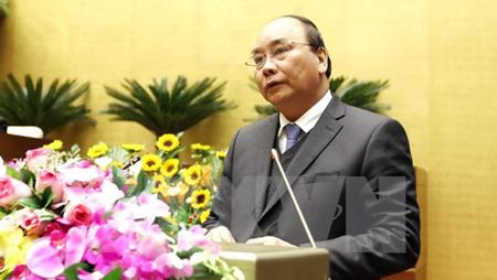 Viceprimer ministro Nguyen Xuan Phuc visita provincia de Hai Duong en ocasión del Tet 2016
