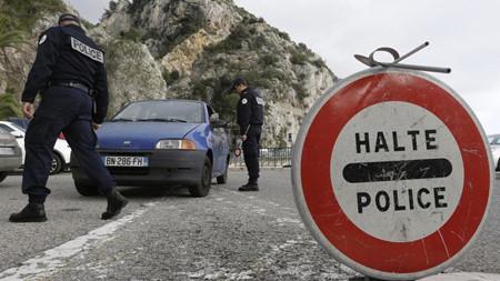 Procuran varios países de Unión Europea prorrogar el cierre fronterizo