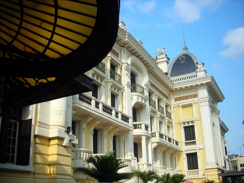 Enaltecen papel de la Ópera de Hanói como santuario de artes