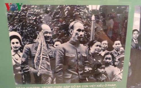 Inaugurada en Hanoi exposición sobre el presidente Ho Chi Minh y la amistad Vietnam-Francia