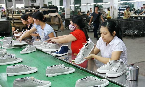 Construyen instituciones culturales para mejorar la vida de obreros vietnamitas