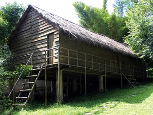 Singularidad arquitectónica de la etnia K'ho