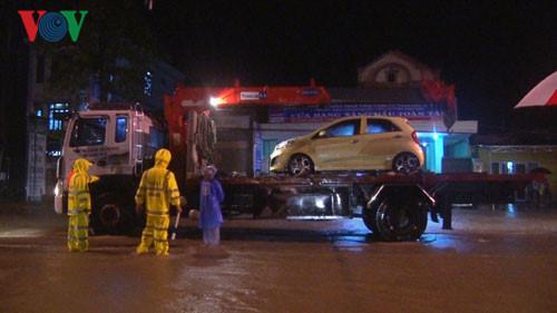 Provincia de Quang Binh ante inundaciones: simpatía y amor de persona a persona