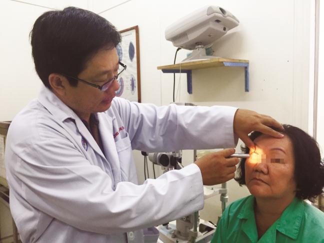 Eficiente combate contra la ceguera en Vietnam