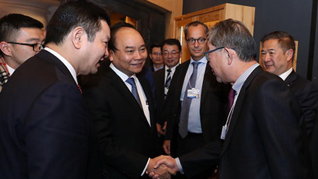 Primer ministro vietnamita finaliza actividades en Davos