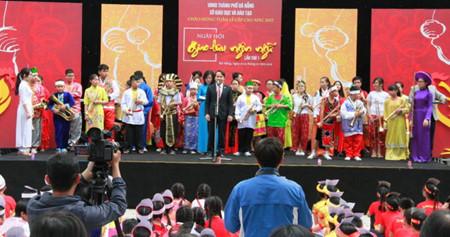 Concluye primer Festival de Intercambio Lingüístico en Da Nang