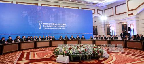 Primer día de negociaciones de paz para Siria en Astaná concluye sin avance