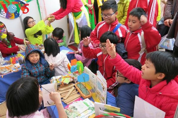Iniciativa para fomentar el interés por la poesía en los niños vietnamitas