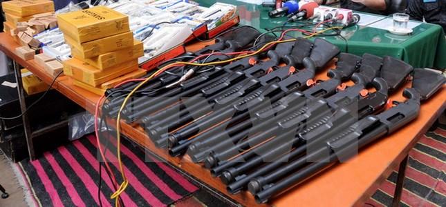 España desarticula gran red de contrabando de armas