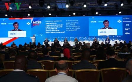 Vietnam llama a promover la paz en el mundo
