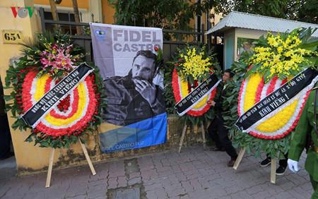 Pemimpin Partai, Negara dan Rakyat Vietnam melayat Almarhum Pemimpin Kuba, Fidel Castro