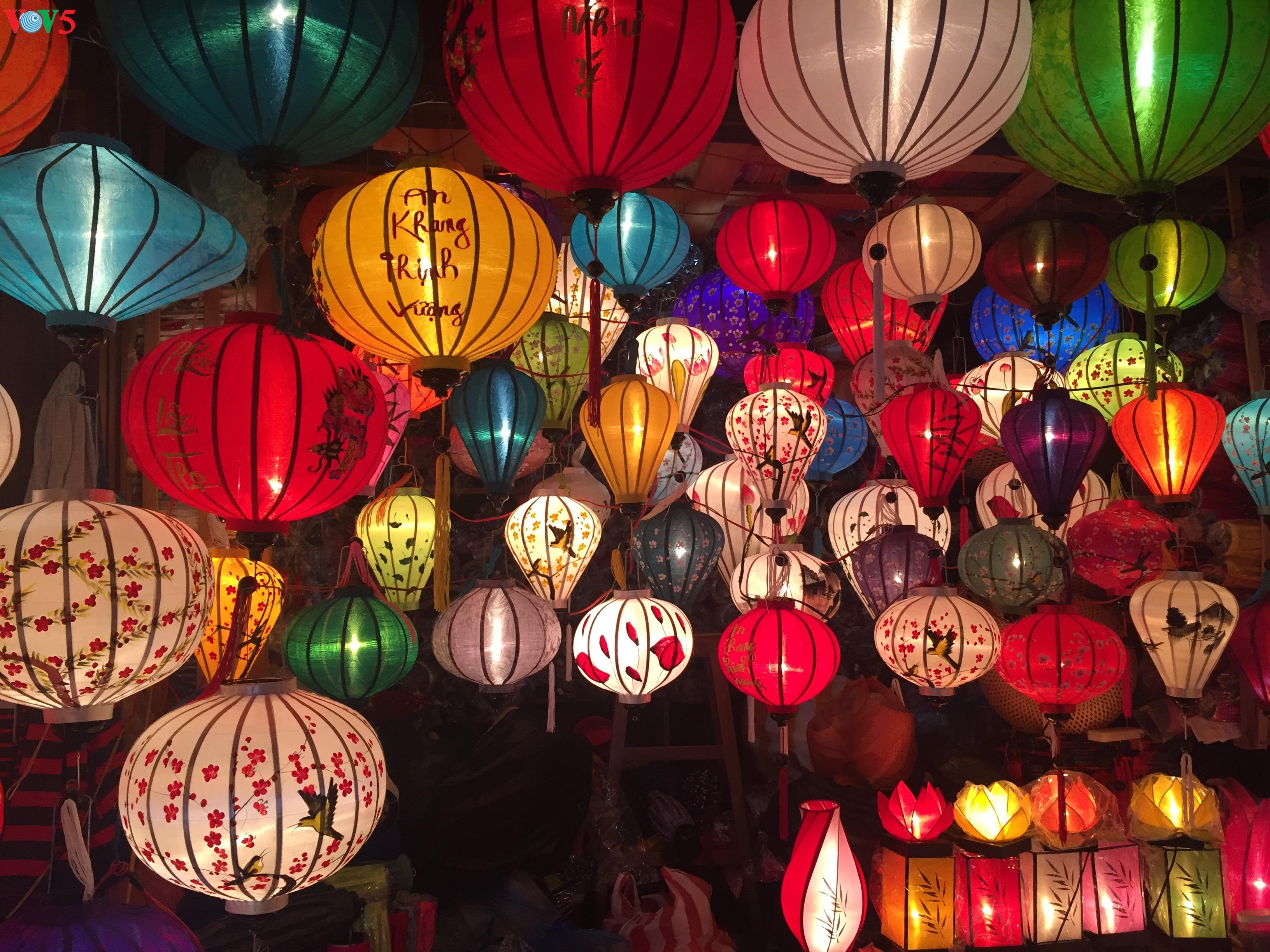 Lampion - jiwa dari kota kuno Hoi An