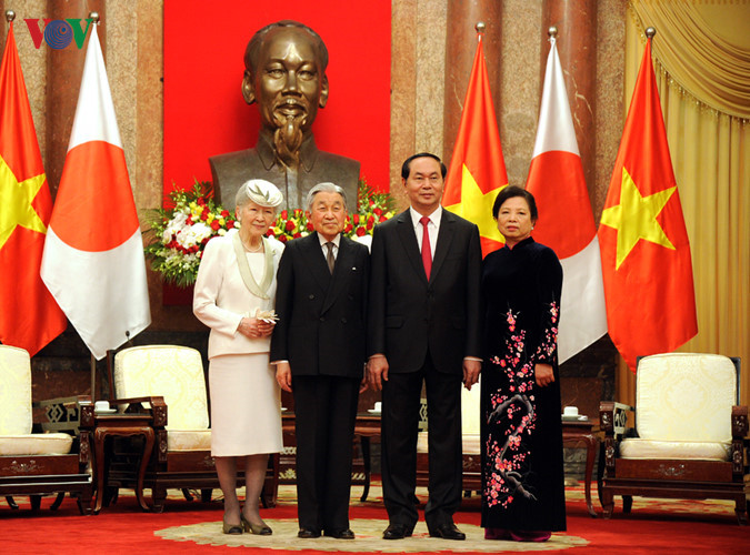 Kaisar dan Permaisuri Jepang melakukan kunjungan Kenegaraan di Vietnam