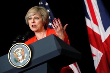 Премьер Британии выдвинет более мягкую позицию по брекситу на переговорах с ЕС