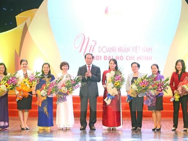 President Tran Dai Quang meets outstanding female entrepreneurs