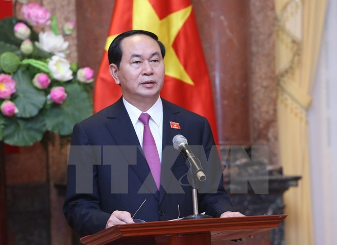 President Tran Dai Quang begins State visit to Brunei and visits the Vietnamese Embassy