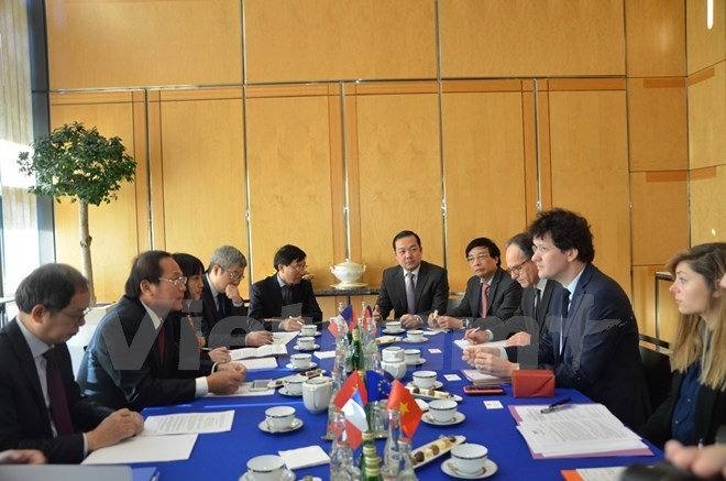 Vietnam, France forge stronger cooperation in information and communication