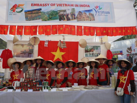 Promoting traditional Vietnamese products in India
