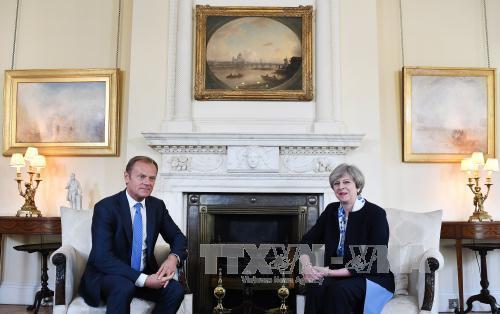EU shows tough viewpoint as Brexit negotiation approaches