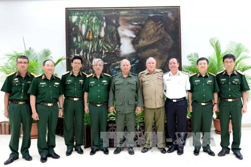Việt Nam và Cuba đối thoại về chính sách quốc phòng