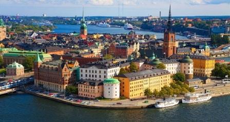 Tư vấn về thủ tục xin visa du lịch Thụy Điển; ý nghĩa của Tết Trung thu của người Việt