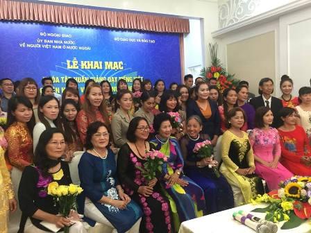 Những người gieo chữ Việt nơi xa xứ