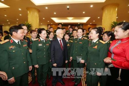 Tổng Bí thư Nguyễn Phú Trọng tiếp các đại biểu phụ nữ Quân đội tiêu biểu toàn quân