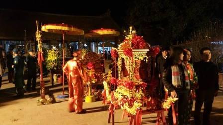 Lễ hội đền Trần Thương và Lễ khai ấn Đền Trần