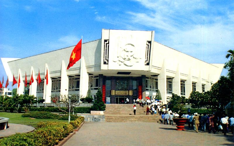 พิพิธภัณฑ์โฮจิมินห์ – สถานที่ที่น่าไว้วางใจสำหรับการเก็บรักษาสิ่งของวัตถุเกี่ยวกับประธานโฮจิมินห์