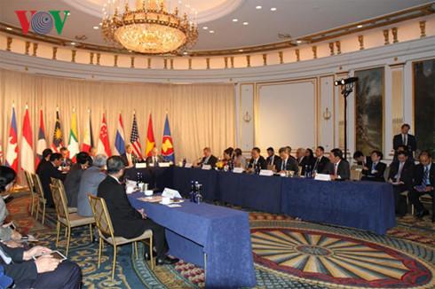 เวียดนามเข้าร่วมการประชุมรัฐมนตรีต่างประเทศอาเซียน – สหรัฐอย่างไม่เป็นทางการ