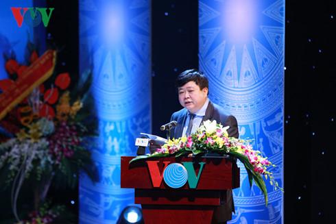 สถานีวิทยุเวียดนามพยายามรักษาและส่งเสริมคุณค่าของภาษาเวียดนาม