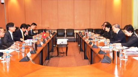 การประชุมทาบทามความคิดเห็นด้านการเมืองเวียดนาม – ไทยครั้งที่ 6