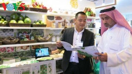 เวียดนามประชาสัมพันธ์ผลิตภัณฑ์การเกษตรในงานแสดงสินค้าGulfoodที่เมืองดูไบ ประเทศสหรัฐอาหรับเอมิเรตส์