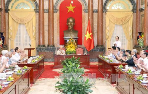 Chủ tịch nước Trần Đại Quang gặp mặt các đại biểu từng phục vụ Chủ tịch Hồ Chí Minh