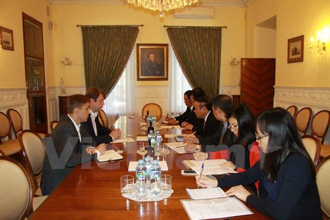 Phó Trưởng Ban thường trực Ban Tuyên giáo trung ương Mai Văn Ninh thăm và làm việc tại Liên bang Nga