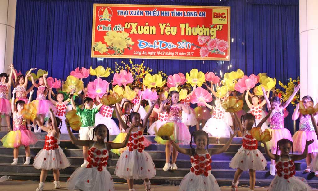 Khai mạc Hội trại Xuân thiếu nhi 2017