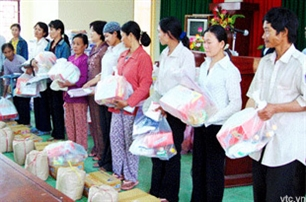 Efforts to bring joyful Tet to the poor