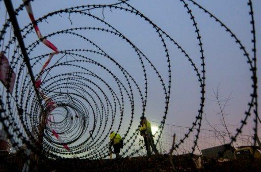 Austria, EU discuss plans to extend migrant border controls