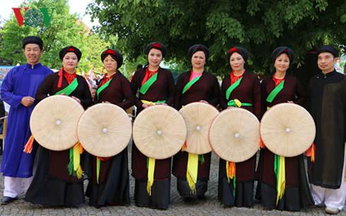 Ấn tượng Việt Nam tại Liên hoan văn hóa dân gian dân tộc Czech