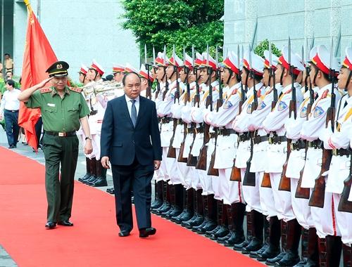 Thực hiện tốt công tác đảm bảo an ninh trật tự phục vụ phát triển kinh tế - xã hội của đất nước