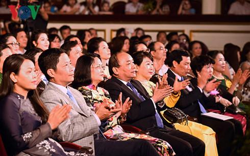 Giá trị cơ bản của gia đình luôn là điều thiêng liêng đối với mỗi con người Việt Nam