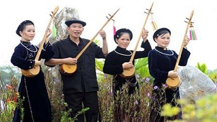 Người Nùng hát dân ca