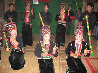 Hát Tơm, làn điệu dân ca độc đáo của người Khơ Mú