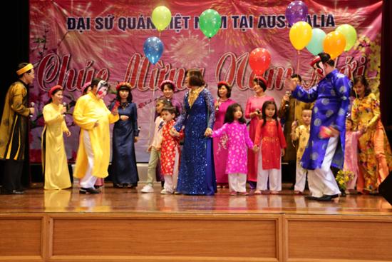 Sôi nổi các hoạt động tại Tết Cộng đồng của người Việt Nam tại nhiều quốc gia