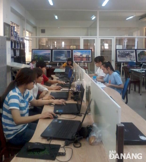 Nâng cao chất lượng hoạt động thư viện của các trường đại học, cao đẳng