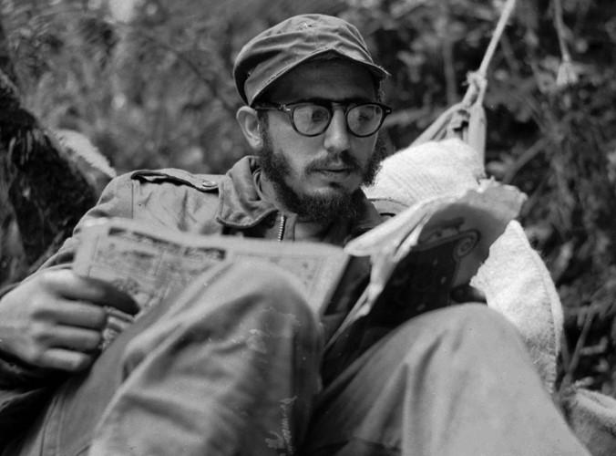 ຮູບພາບທີ່ປະທັບໃຈຂອງການນຳກູບາ Fidel Castro