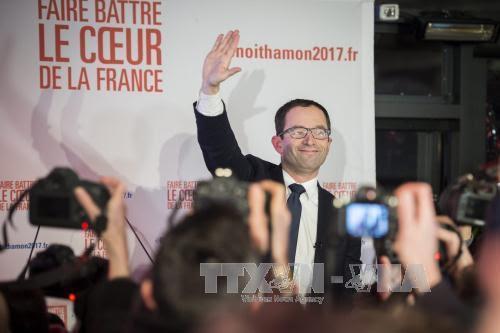 Benoit Hamon wins first-round of left wing presidential primaries