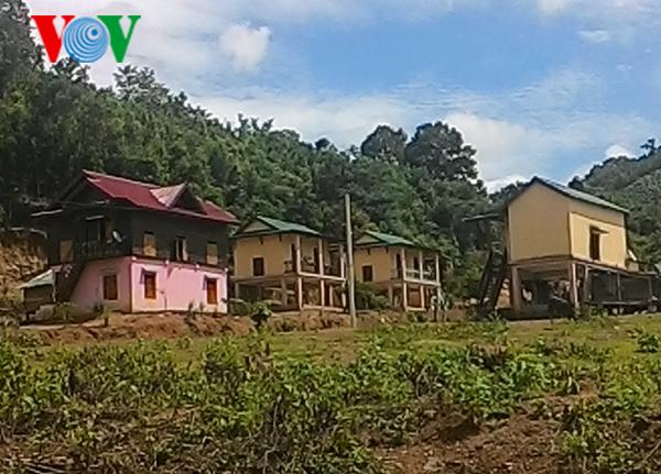 กาตัง-หมู่บ้านตั้งถิ่นฐานใหม่นำร่องในจังหวัดกว๋างจิ