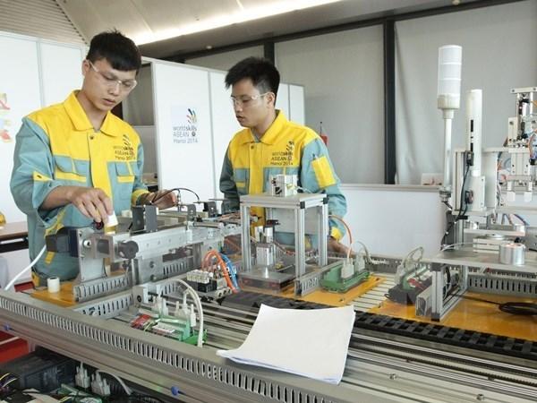 เวียดนามเข้าร่วมการแข่งขันฝีมือแรงงานอาเซียนครั้งที่๑๑